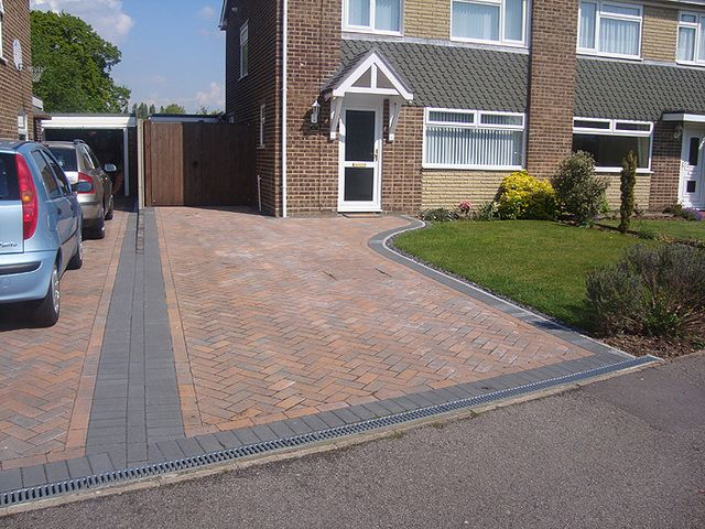 New block Paving Drive Sutton-In-Ashfield: Swipe To View More Images