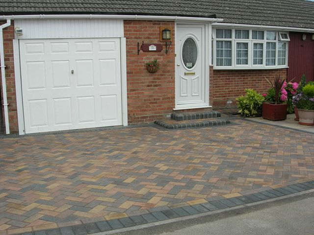 Block Paving Drive Nottingham: Swipe To View More Images