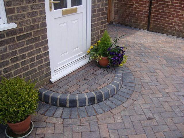 Block Paving Half Moon Step: Swipe To View More Images