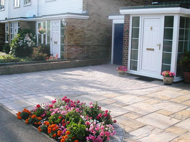 Driveway with Paving Slabs Hucknall: Swipe To View More Images
