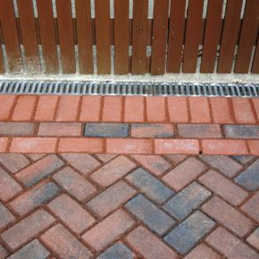 Block Paving With Drainage : Click Here To View Larger Image