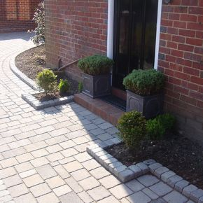 Driveway With Key kerbing Hucknall: Click Here To View Larger Image